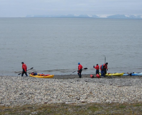 Isfjorden kayak adventure: 2 day expedition with overnight in tent